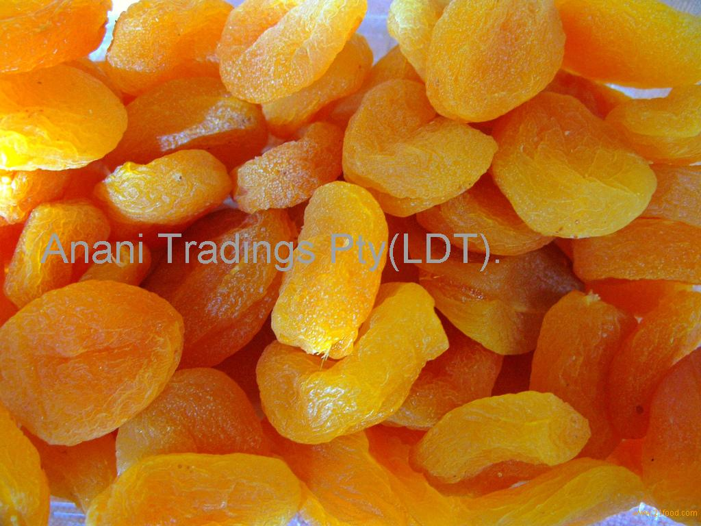 dried apricot with sugar