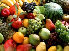 FRESH FRUITS / FROZEN FRUITS