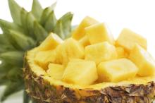 Canned Pineapple, Chunks Pineapple, Pineapple in Light Syrup, Fresh Pineapple