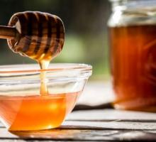 PURE MANUKA HONEY.
