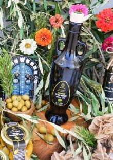 Olive oil made in Tunisia. 100% Organic Extra Virgin Olive Oil. Malchus 500mL Glass Bottle.