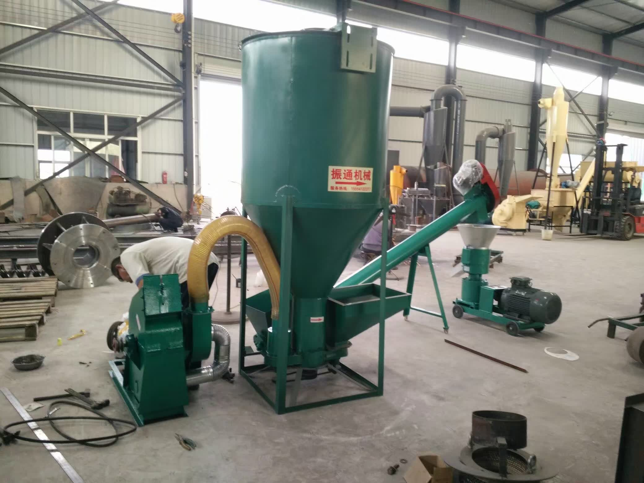 High Capacity Automatic Pellet Mill Machine 1000 1500 Kg H