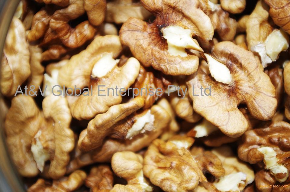 Grade A Walnuts (Kernels and Shelled Walnuts)