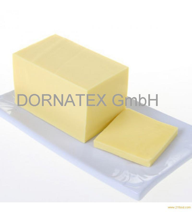 Gouda, Emmentaler, Edamer, Brie, cream cheese, Blue cheese, Masdammer, Tilsiter, Mozzarealla in BLOC