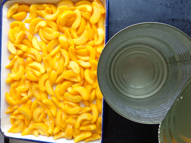 Good quality canned yellow peach slice /halves /dice in syrup