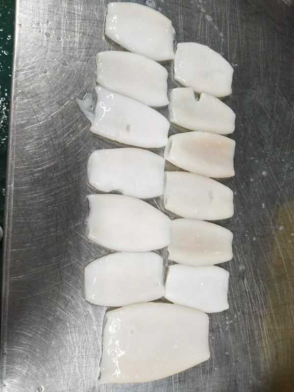 frozen squid tubes B grade