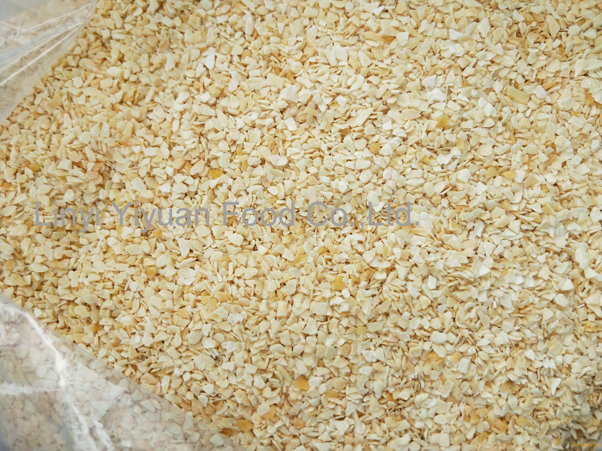 garlic granule without root material