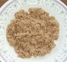 CANNED TUNA SHREDDED