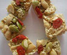 Mixed nut crunch,sweet candy,Youi/OEM