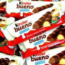 Kinder Bueno T2 Chocolate Bar