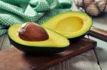 FRESH AVOCADO WITH COMPETITIVE PRICE AND HIGH QUALITY