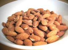 High quality Almond nuts at affordable prices