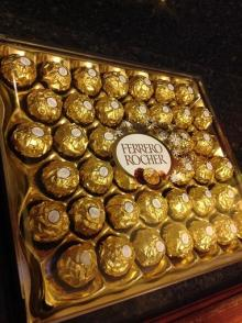 Ferrero Rocher 525g Box of 42 - wedding, parties, birthday gift
