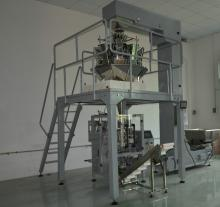 Automated  Pet   Food  Packaging  Machine  System
