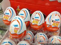 Snickers  Kinder  Surprise  Kinder   Bueno   Kinder  Joy  Kinder  Chocolate Mars,Twix,Snikers Ferrero Rocher