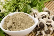 Organic moringa seed / extract powder / moringa leaves