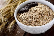 Organic rolled oats whole grain in 20kg bags