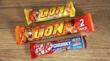 Lion standard, white, peanut