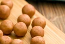 New =harvest fresh= Irish potatoes