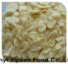 Premium quality garlic flake for European market