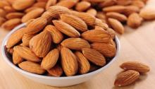 Dried Almonds Nuts