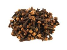 Cloves for sale