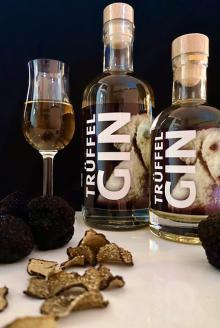 Truffle Gin Frida 16g Truffle per Bottle Luxury exquisite high quality Product 0,35l 40% vol.