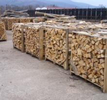 Kiln Dried 1m2 and 2m3 Hardwood firewood from Ukraine