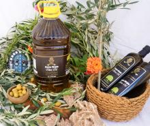 Wholesale fancy olive oil in Plastic Bottle 5L.