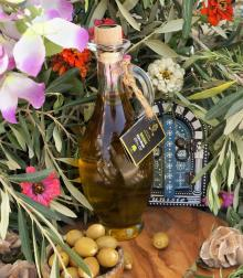 Halal Certified Organic Olive Oil, Tunisian Olive Oil, 100% Organic in glass bot